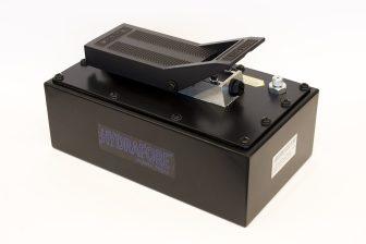 Compressed Air Driven Hydraulic Pump 3.2 Liters (B-70BQ-32)