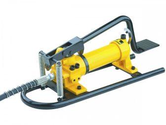 Hydraulic Foot Pump (700 Bar - 350 cm3)