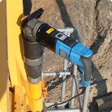 Electric Torque Wrench for Crane Assembly - GEDORE